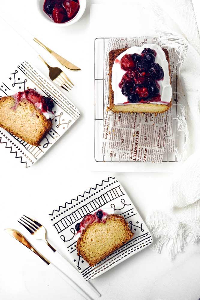 vegan vanilla pond cake