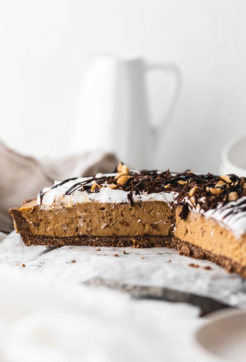 no-bake vegan peanut butter pie